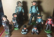 Vintage Cast Iron Amish Family Includes  8 Figurines