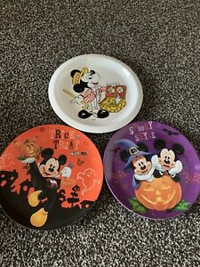 Set Of 3 Disney Mickey And Minne Mouse Halloween Melamine Plates Official Disney