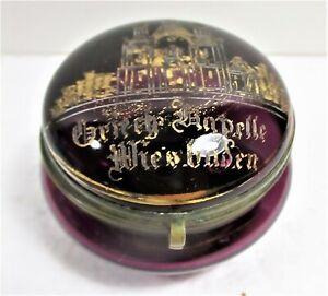 UNUSUAL CA. 1900 SOUVENIR WIESBADEN PURPLE GLASS BOX, ENGRAVED CHAPEL W/GILT,