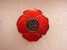 Red poppy pin badge. Large flower. Lest we forget. Animal Animals. Metal.
