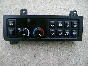 94 - 97 CHRYSLER CONCORDE A/C HEATER CLIMATE / TEMPERATURE CONTROL P/N 4596005