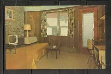 The Gull Motel, Old Orchard Beach, Maine .  unposted postcard
