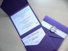 Estilo billetera con invitación de boda