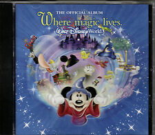 "WALT DISNEY WORLD..""WHERE MAGIC LIVES""...RARE THEME PARK SOUVENIR OFFICIAL ALBUM"