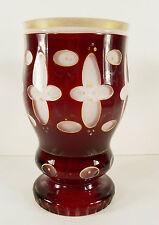 um1900 Glaspokal - Becherglas - Pokal / Böhmen /Überfangglas Rot mit Goldmalerei