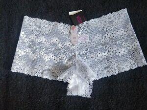 LA SENZA  Pretty White Bow lace short size 10-NWT
