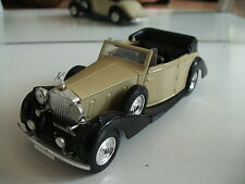 Solido Rolls Royce Phantom III 1939 in White/Black on 1:43