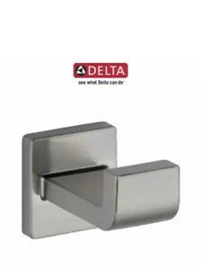 Delta Ara Single Robe Hook Model: 77535-SS