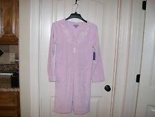 NEW! LAURA SCOTT WOMEN'S LAVENDER  & FLORAL ZIP FRONT ROBE SIZE SMALL RETAIL $48