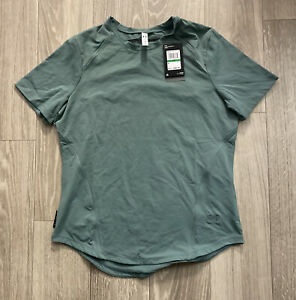 Under Armour Meridian Moisture Infused Shirt Green (1361053-370) Womens Sz L