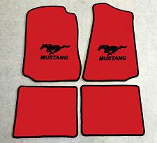 Autoteppich Fußmatten für Ford Mustang Cabrio 1994-2004 rot schwarz Velours 4tlg