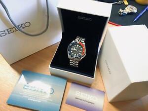 UNWORN!! Seiko SKX009 K watch Boxed + Papers, Pepsi on Jubilee strap