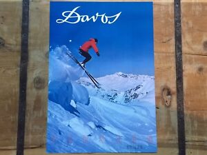 VINTAGE 1960's *DAVOS* SWISS SKI AREA - SKI POSTER - Mint Condition POWDER SKIER