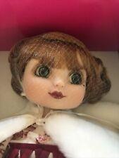 Adora Belle Holiday 2003 Marie Osmond Porcelain Doll