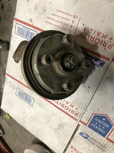 1986 86 HONDA TRX 125 TRX125 FOURTRAX ATC LEFT BRAKE SPINDLE HUB ASSEMBLY OEM