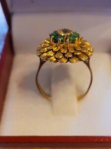 Smaragd und weißer Saphir Ring 18 Carat 750er Gelbgold massiv
