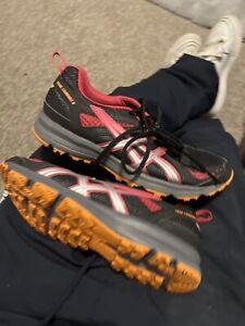 Womans Size 5.5 Asics Trail Tambora 5 Trainers