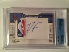 2010-11 PRESTIGE NBA DRAFT CLASS SIGNATURE DERRICK FAVORS 1/1 10 AUTO-BLACK BOX
