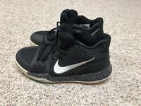 Nike Kyrie 3 GS Boys Black Ice Metallic Silver 859466-018 US Sz 5.5Y