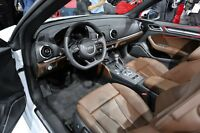 Neu Original Audi A3 S3 Sportback Innen Rechts Tür Rand Einsatz 8V48674104T4