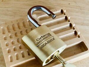 ASSa Abloy Corbin Russwin Padlock w/ 2 Blank Keys Locksport Zero-Bitted
