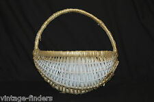 Vintage Style Wicker Rattan Basket Wall Pocket Country Garden Home Decor