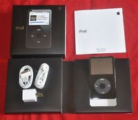New Apple iPod Classic Video 5th Generation 30gb  MP3 Player Black/White SEALED