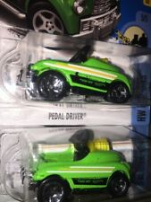 """2017 Hot Wheels """"PEDAL DRIVER"""" x 2 HW Ride-Ons 1- TAMPO PAINT ERROR 1- Reg"""