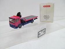 ENS61214Wiking 1:87 Mercedes MB Abschleppwagen mit Ladekran violett sehr gut