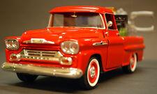 1958 Chevrolet Apache Pickup Wrecker Pannenhilfe 1:24 Motor Max 75430 AC