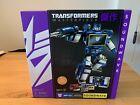 Transformers Masterpiece Soundwave w/ 5 Cassettes - Toys R Us TRU SDCC COMIC CON
