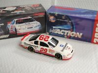 Kevin Harvick 29 GM Goodwrench Service Plus 1:24 2001 Monte Carlo DIECAST NASCAR
