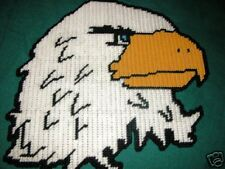 BALD EAGLE HEAD WALL HANGING IN PLASTIC CANVAS