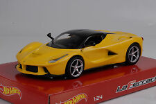 2013 Ferrari Laferrari Yellow Amarillo 1:24 Hot Wheels