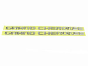 2014-2016 JEEP GRAND CHEROKEE METALLIC SILVER DOOR EMBLEMS OEM MOPAR GENUINE NEW