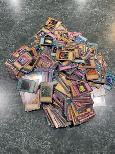 MASSIVE 1000+ CARD YUGIOH COLLECTION LOT Yu Gi Oh Trading Cards