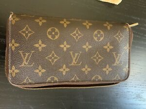 Louis Vuitton Zippy Organizer Wallet M62581 Monogram
