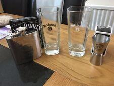 JACK DANIELS OLD No 7 SET OF 2 X TALL GLASSES,1 X HIPFLASK & 1 X SHOT MEASURE