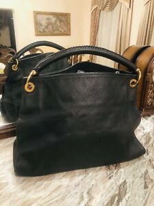 Louis Vuitton Artsy MM Black Noir Monogram Empreinte Leather
