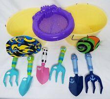 Fun Beach Sand Bundle Cute Chraracters Shovel Rake Buckets Splash Bombs Discs