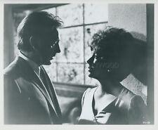 ELIZABETH LIZ TAYLOR RICHARD BURTON THE COMEDIANS 1967 VINTAGE PHOTO ORIGINAL #8