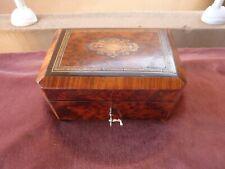 boite 19ème bois de rose et loupe de tuya,marquetée,avec glace d'époque