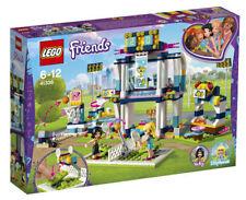 Nuevo Lego Friends Stephanie's Sports Arena (41338) con trabajo de tenis/Basketball CT