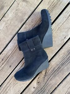 C La Canadienne Bootie 6 1/2 Suede Becket Wedge Fashion Boot Comfort Weather