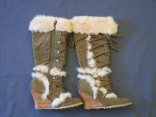 Women's Nordstrom Boots Green Suede w/ Fur Lace Up High Heeled Wedge Size 6.5