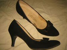 vtg 40s 50s Black Suede w/ Bow Point Detail Pin Up classic Pumps heels Shoes 7.5