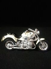 Maisto 1:18 BMW 1200 Motorcycle Bike Cream Tomorrow Never Dies James Bond 007