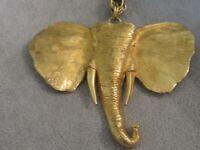 STUNNING OVERSIZED 1970s ELEPHANT HEAD PENDANT/PIN GOLD RETRO VTG NECKLACE