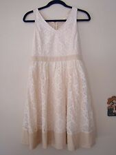 A'reve Modcloth Cream White Floral Lace Dress Size S Beige Hem Lining NWT