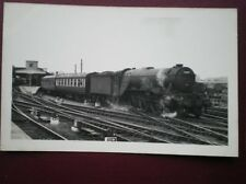 PHOTO  LMS A3 CLASS LOCO NO 60069 'SCERPTE' AT YORK AUG 1957